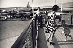 Garry WINOGRAND :: Salt Lake City Municipal Airport, Utah, 1964