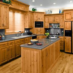 Find high quality second hand kitchens for sale at just a fraction of the price. Buying second hand Kitchens is a good idea for those on a tight budget. We prefer to sell kitchens that are in good condition. It is also environmentally positive to buy a used kitchen,