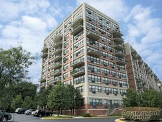 Park Bethesda Apartments   Bethesda, MD 1 Bedroom $1570+ 2 Bedroom $1950+