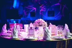 Quite often little details are turning a regular event into a feast. And what catches your eye on banquets and gala dinners?
