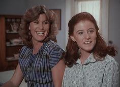 Mary Ellen and Elizabeth laughing Family Tv, Family Show, The Waltons Tv Show, Comfort And Joy, Old Tv, Old Movies, Tvs, Laughing, Tv Series