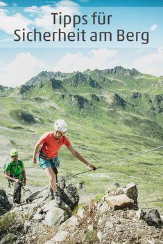 Sicheres Bergerlebnis: hilfreiche Sicherheitstipps zu den Themen Wander-Tourenplanung, Ausrüstung, Wetterbericht, Bergnot... #wandern #hiking #sicherheit #berge #visitvorarlberg #myvorarlberg Tricks, Hiking, In This Moment, Mountains, Nature, Travel, Thunderstorms, Alps, Walks