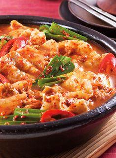 「スンチャンコチュジャン」を使って、本場のキムチ鍋を作っちゃおう!このレシピがあれば、市販の鍋の素いらずです♪