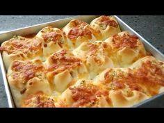Super Fluffy Garlic Cheese Buns by Kafemaru Cheese Buns, Garlic Cheese Bread, Bread Bun, Bread Cake, Bread Recipes, Cooking Recipes, Bread Bowls, C'est Bon, Kraut