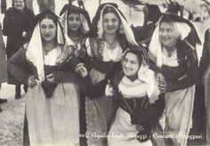 Costumi d'Abruzzo - Abruzzo traditional costume #abruzzo #travel #Italy #vintage #fashion #abruzzosegreto
