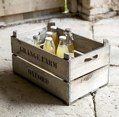 Rustic/Traditional Spruce Wood Storage Crate