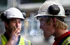 5 Cara mencegah kebebakaran proyek akibat kebiasaan merokok - di awasi, di ajari, di ingatkan, di fasilitasi, diamankan, 5 cara kebiasaan perokok di proyek.