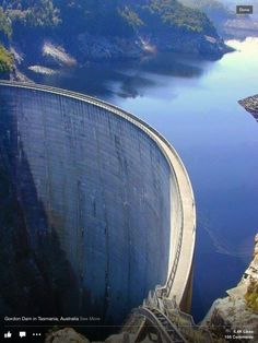 Hoover Dam - represa no Rio Colorado, entre Arizona e Nevada. Places Around The World, Oh The Places You'll Go, Places To Travel, Places To Visit, Around The Worlds, Travel Destinations, Tasmania Australia, Australia Travel, Western Australia