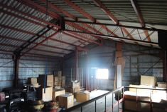 ビルススタジオvol.5:倉庫をDIY、はたらく場所をつくる 「colocal コロカル」ローカルを学ぶ・暮らす・旅する