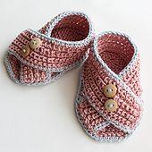 Ravelry: Baby Sandals Piccolini pattern by Julia Noskova