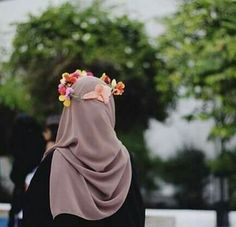 hijab, beauty, and muslim image Hijab Niqab, Muslim Hijab, Hijab Chic, Beautiful Muslim Women, Beautiful Hijab, Hijabi Girl, Girl Hijab, Muslim Girls, Muslim Couples