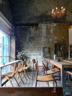 Hurwundeki Café @ Cambridge Heath Road