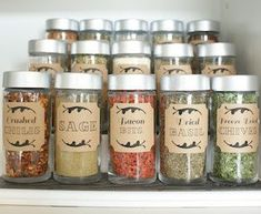 Organize your pantry for less with these dollar store DIY pantry organization ideas. These organizing ideas are perfect for small pantries to help you maximize your space. There are cheap pantry organization and storage ideas for cans, jars, spices, snacks and much more! Astuces Dollar Store, Dollar Store Hacks, Dollar Stores, Spice Storage, Spice Organization, Diy Kitchen Storage, Organizing Ideas, Closet Organization, Pan Storage