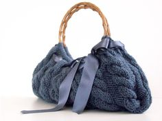 Nzlbags... this is beautiful and would be soooooo easy to make.... just need the pattern