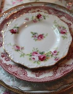 floral vintage plates- I have so many of these