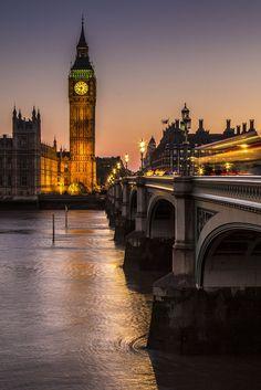 etherealvistas:  Big Ben. Again. (England) by Pawel A K|| Facebook   Inglaterra