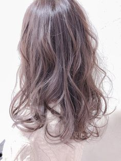 To be in perfect harmony with the sun that begins to brighten our days, and to wear a new look trendy, feminine and sexy; Hair Dye Colors, Hair Color, Mushroom Hair, Hair Colour Design, Ulzzang Hair, Haircut For Older Women, Hair Arrange, Japanese Hairstyle, Pixie Haircut