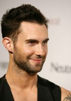 cool 50 Classy & Simple Adam Levine Haircut Styles - All His ...