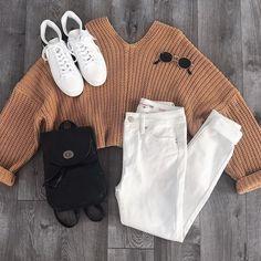 Layout of women& clothing - - Layout der Damenbekleidung – – Layout of women& clothing – – - Teenage Outfits, Teen Fashion Outfits, Outfits For Teens, Fall Outfits, Tween Fashion, Trendy Fashion, Fall Fashion, Style Fashion, Fashion Trends