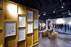 http://3.bp.blogspot.com/-A3HrY6P9His/T70oRSaAOSI/AAAAAAAAXzE/qzEYPIeyCX0/s1600/Isabel+Marant+Central+Ice+House+Street+New+Shop+pix+(1).jpg