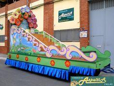 Busca la carroza que necesitas para tu fiesta en www.carrozasazpeitia.com