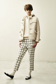 Off-white short duffle coat
