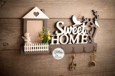 "key holder ""Family nest"" with shelf and photo frame File Shelf, Key Shelf, Name Plate Design, House Shelves, Wall Key Holder, Sell On Etsy, Laser Cutting, Workshop, Frame"
