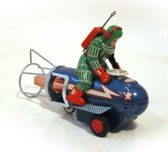Yoshiya Spacemobile and Pilot  Battery Operated Space Toy from 60s ebay