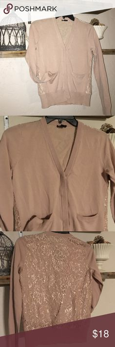 ANN TAYLOR CARDIGAN! Mauve v neck XS cardigan with lace back( has liner not see through) has two pockets in front. Beautiful and girly! Ann Taylor Sweaters Cardigans