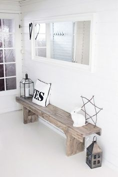Will totally reason with my husband why i must have this rustic bench for the entryway! Hallway Inspiration, Interior Inspiration, Style At Home, Home And Living, Living Room, Interior Decorating, Interior Design, Decorating Ideas, Deco Design