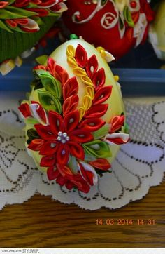 This Pin was discovered by Flo Ribbon Art, Diy Ribbon, Ribbon Crafts, Quilted Christmas Ornaments, Fabric Ornaments, Christmas Crafts, Egg Crafts, Easter Crafts, Diy And Crafts