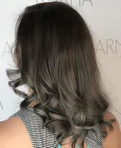 Smoke Screen  By stylist Nigel Lee @nigelkindricklee || . . . . . . #colormekarma #bestof417 #karmahairsalon #springfieldmo #modernsalon #wellaeducation #itsalldowntown #wellahair #417hair #oribe #oribeobsessed #randco #springfieldstylist #springfieldsalon #springfieldmoartists #usmooth #lbp #colorspecialist #nixa #ozark #republic #branson #missouristatebears #pulpriot #americansalon #springfieldmissourihair #licensedtocreate #hairoftheweek #pulpriothair #springfieldmissouri
