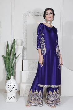 Pakistani Fashion 2018 Wedding Most Popular Ideas Pakistani Party Wear Dresses, Shadi Dresses, Pakistani Dress Design, Pakistani Designers, Pakistani Outfits, Indian Outfits, Pakistani Clothing, Pakistani Bridal, Indian Clothes