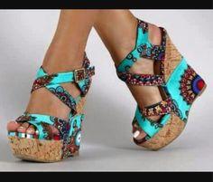 High Heels Outfit, Sexy Heels, Gorgeous Heels, Beautiful Shoes, Wedge Sneakers, Wedge Heels, Cute Shoes, Me Too Shoes, Shoe Room