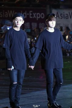 Give me your hand and save me hyung
