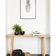 Totem Roads Luxa Console table