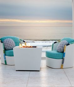 Cozy up outdoors on cool evenings with the Conrad Fire Table. The sleek aluminum silhouette elevates any outdoor gathering and seamlessly blends in any space.