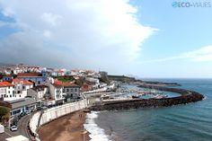 Panorámica del Porto das Pipas desde el Castelo de São Filipe, Azores, Portugal