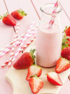 Macadamia Milk Strawberries and Cream Milkshake - Deborah Durrant