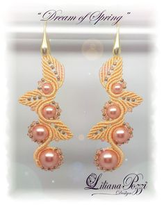 Earrings made with macrame technique, its sleek Design makes them suitable also for special occasions. Available in any color.  SCHEME IN