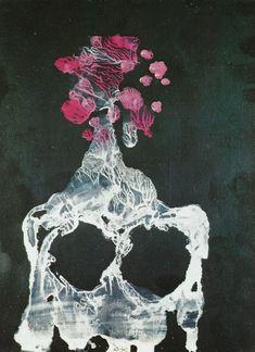 Pretty Art Nouveu Good Rose In Lavender Lucite Size P Move Over Romeo
