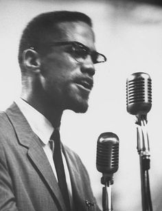Malcolm X photographed by Burt Shavitz June - Eclectic Vibes Black History Books, Black History Facts, Modern History, African American Culture, African History, African American History, American Women, Malcolm X Quotes, Civil Rights Leaders