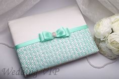 Wedding guest book mint A5 -HAND-Painted- Guest book mint Sign book Wedding pen Personalized set Trend wedding Summer wedding Wedding mint by VIZZARA on Etsy