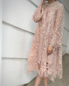 Amazing lace dress that I like Source by brokat Kebaya Lace, Kebaya Dress, Dress Pesta, Muslim Fashion, Hijab Fashion, Fashion Dresses, Simple Dresses, Pretty Dresses, Beautiful Dresses
