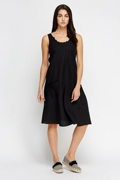 £5 Swing Pleated Front Dress