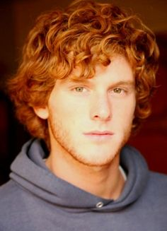The rugged redheaded man with the careless ginger hair and spectacular ginger beard. Let these ginger guys lift you over their shoulder and carry you away. Hot Ginger Men, Ginger Hair, Ginger Guys, Redhead Men, Fiery Redhead, Carrot Top, Hot Hunks, Male Beauty, Freckles