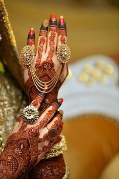 New indian bridal henna hands brides mehndi designs Ideas Mehndi Designs For Girls, Wedding Mehndi Designs, Wedding Henna, Wedding Chura, Mehandi Designs, Wedding Hair, Wedding Dress, Bridal Bangles, Bridal Necklace