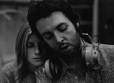 Paul e Linda McCartney in 1971 at recording studio - NewYork