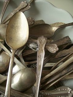 """""""A Spoon, A Story""""...great post, great gift idea...but an even greater story..."""