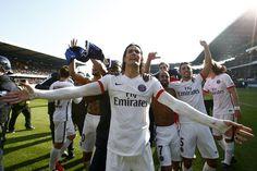 @PSG #Champion pour la sixième fois de son historie, #Paris rejoint deux clubs au palmarès de la #Ligue1 #9ine